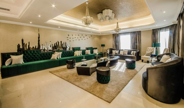 Unique home decor casa shamuzzi dubai showroom palazzo for Al saffar interior decoration llc
