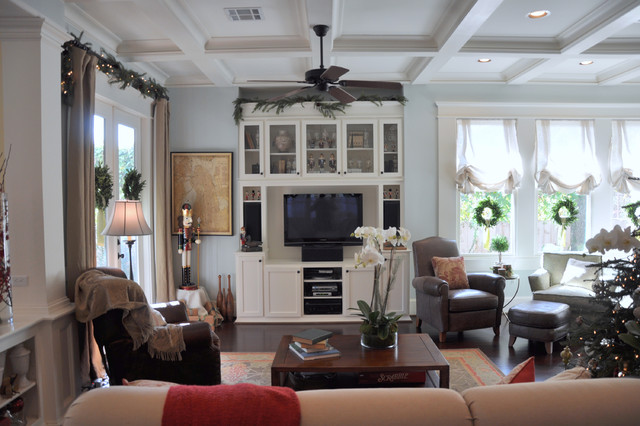 Inspiration for a timeless living room remodel in Houston