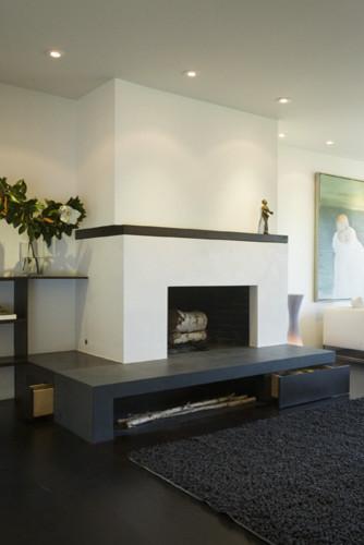 Alta Plaza Residence modern-living-room