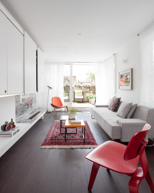 Ask an Expert: How to Decorate a Long, Narrow Room