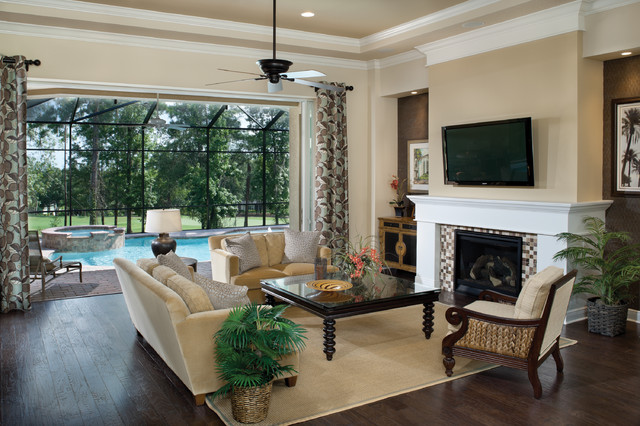 Amelia 1124 Traditional Living Room Tampa By