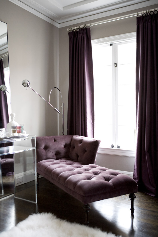 Example of a trendy living room design in San Francisco with gray walls