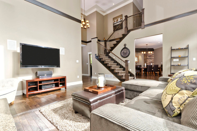 Anmore acreage traditional-living-room