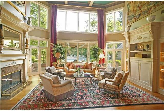 - traditional-living-room