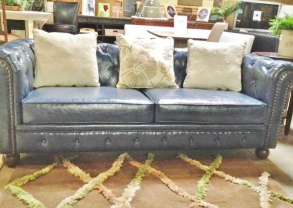 Armen living tufted bonded leather sofa 795 traditional for Traditional tufted leather sofa
