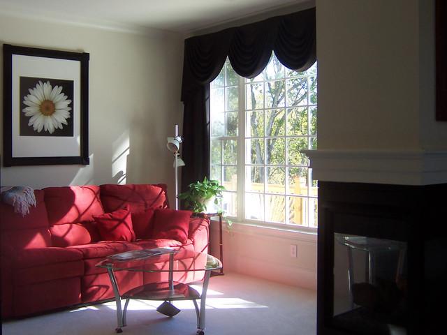 Atlanta, GA traditional-living-room