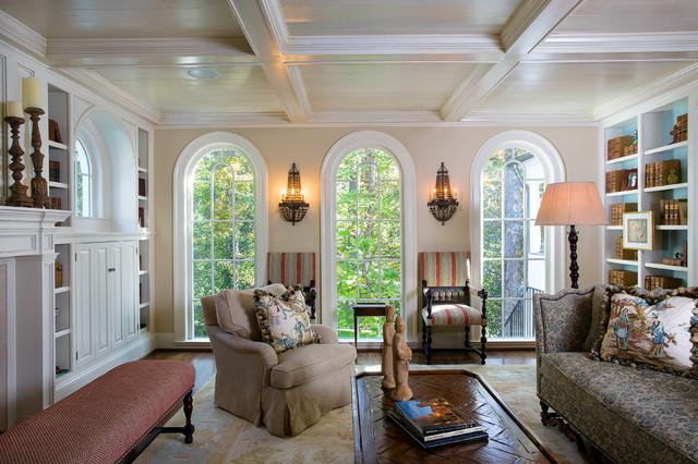 Atlanta residence traditional-living-room