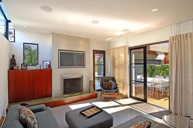 Audio/Video contemporary-living-room