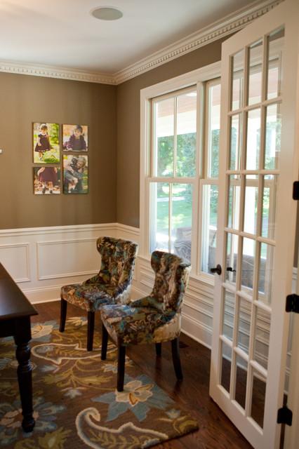 Aurora Way traditional-living-room