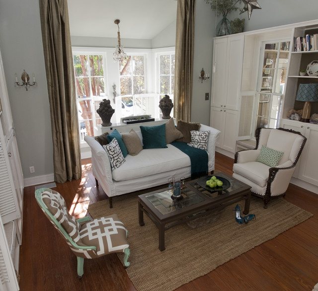 Austin modern farmhouse farmhouse living room austin for Living room decor ideas houzz