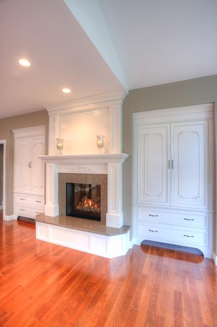 Award Winning Interior Space 2011 Traditional Living Room Milwaukee By Lori Jolin Design