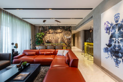 Mumbai Houzz: This Bachelor Pad Packs in Fun & Functionality