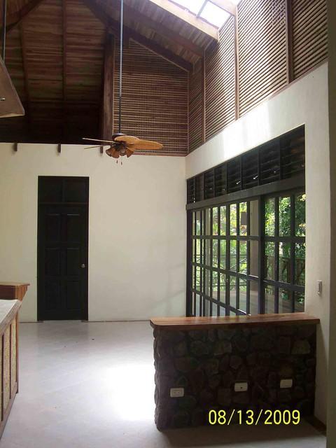 Balinese mediterranean-living-room