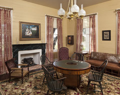 Bastrop County Plantation House traditional-living-room