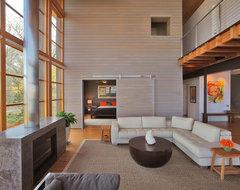 bay house modern-living-room