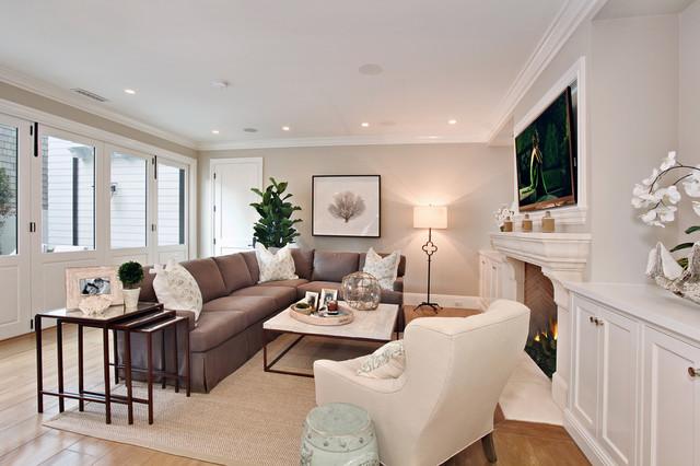 Bayshore drive traditional-living-room