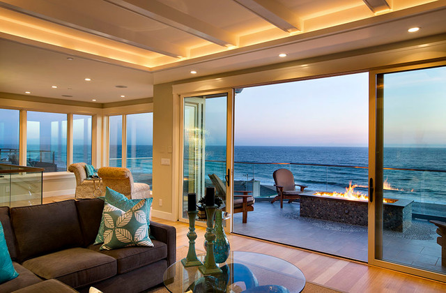 Beach house modern craftsman for sale beach style for Coastal craftsman interiors