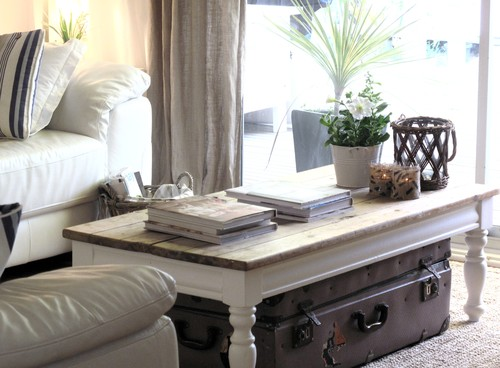dressing your coffee table tops the furnishing touch