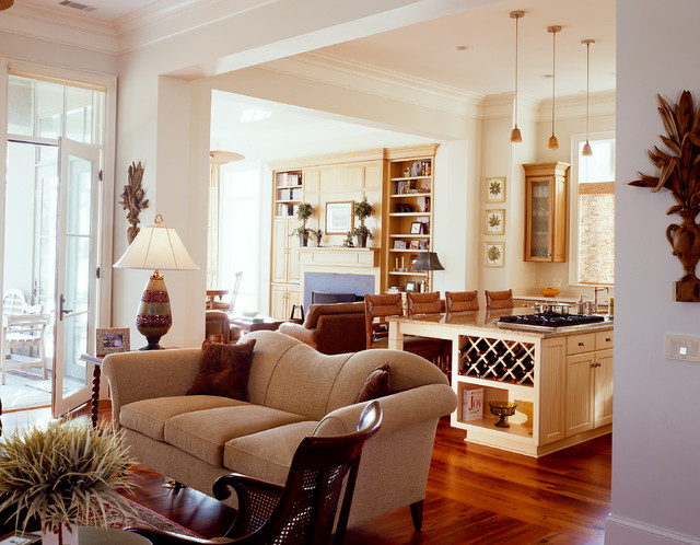 Belfair Oaks traditional-living-room