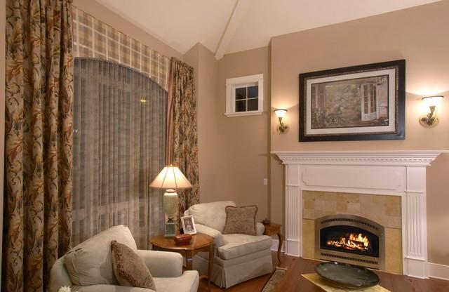 Bellevue Custom traditional-living-room