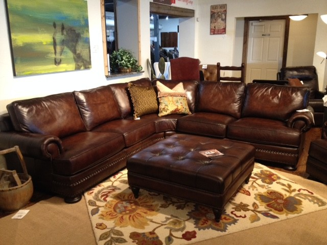 Bernhardt foster leather sectionals austin tx houston for Living room 12x18