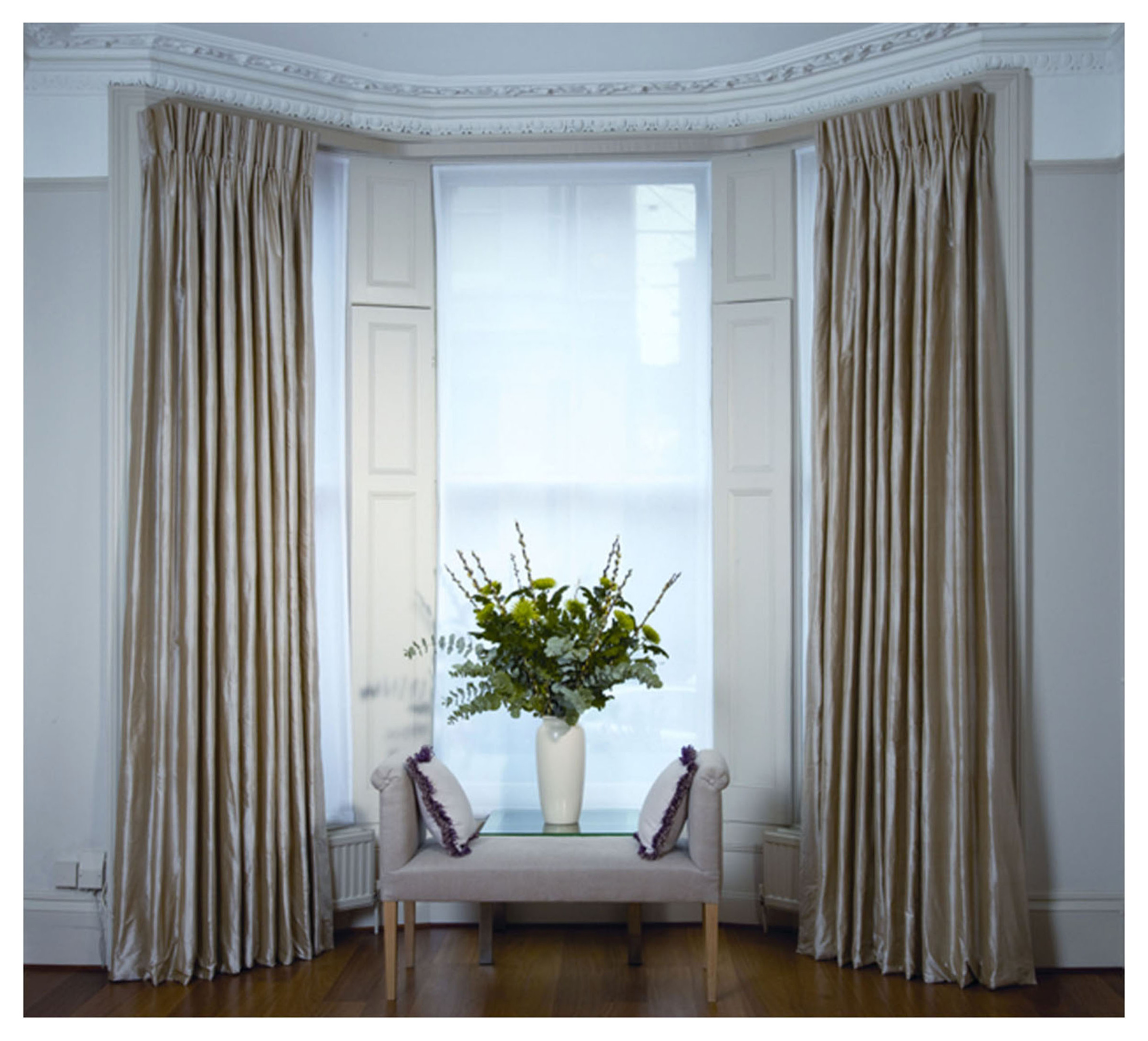 How To Hang Eyelet Curtains On A Bay Window