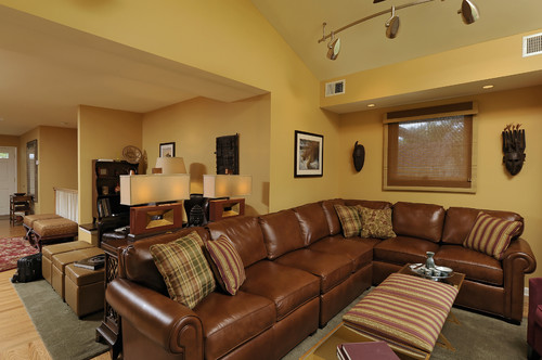 What Color Curtains Would Work Well With This Sectional My Walls Are A Cream Peach Paint