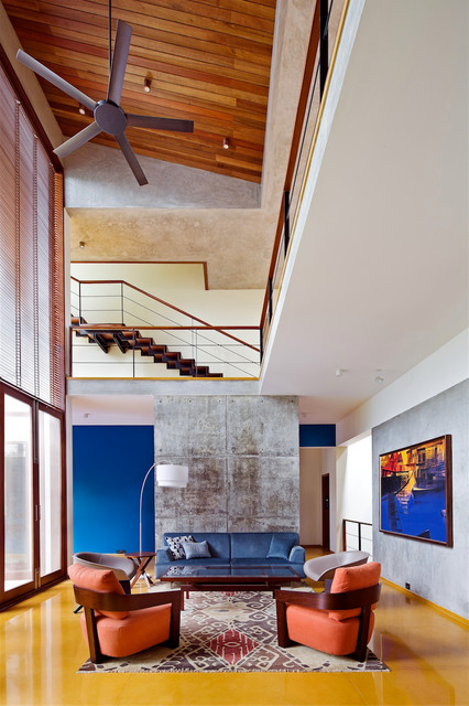 See How Professionals Take Advantage Of Double Height Living Room