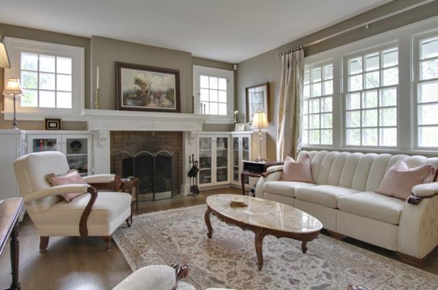Bilton Design Group traditional-living-room