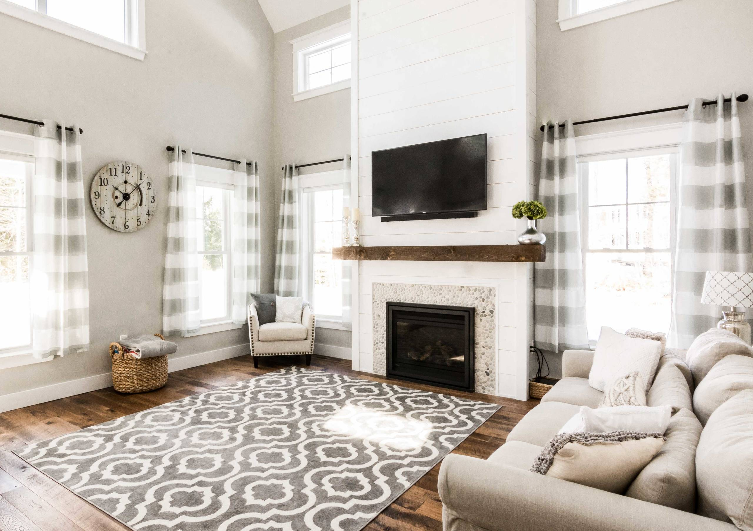 75 Beautiful Farmhouse Living Room With A Stone Fireplace Pictures Ideas February 2021 Houzz