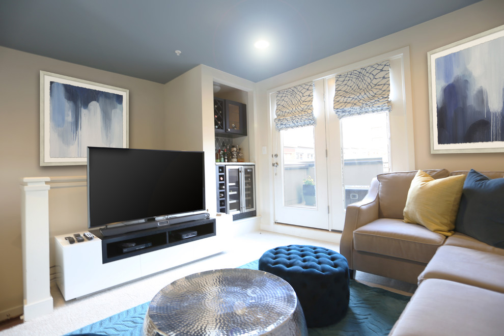 Mid-sized transitional living room photo in DC Metro