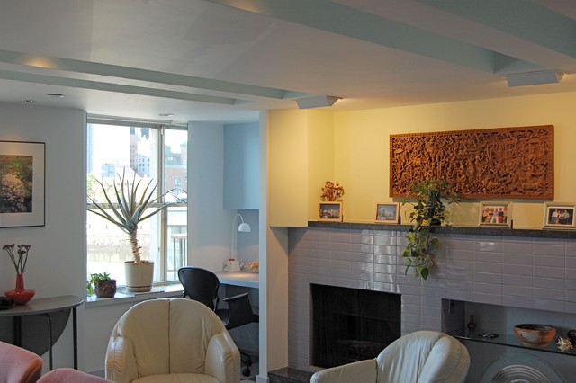 Boston Commercial Wharf Condo eclectic-living-room