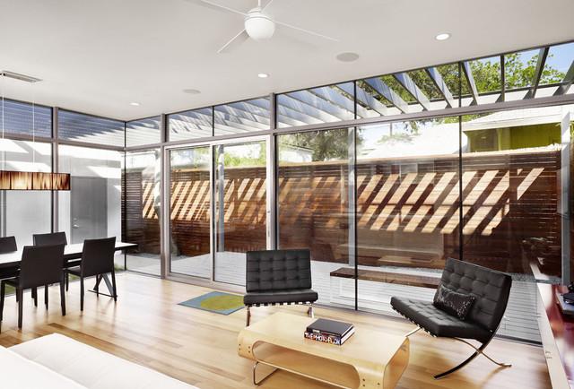 Bouldin Creek Courtyard House modern-living-room