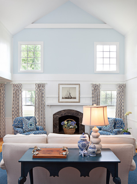 Bountiful Traditional Living Room Baltimore By