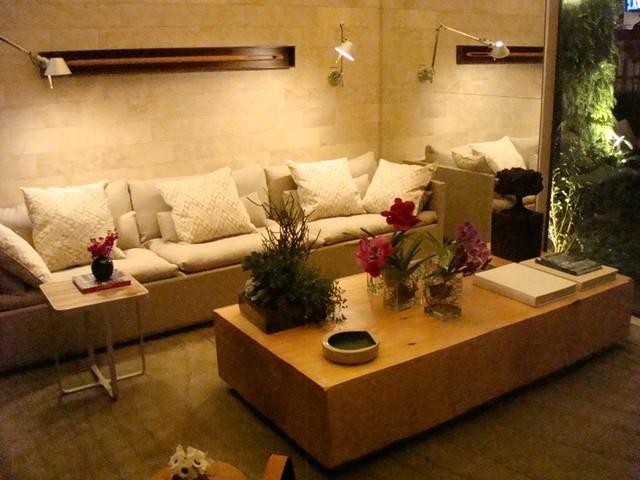 Brazilian Interior Design tropical-living-room