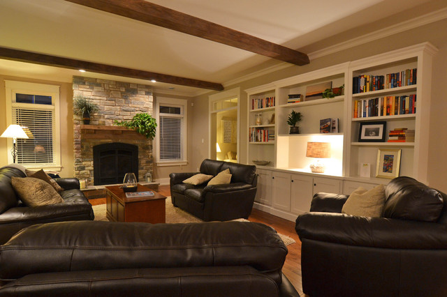 Bridle Path traditional-living-room