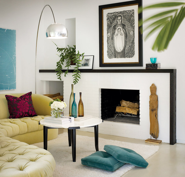 Houzz Home Design Ideas: Bright White Fireplace Contemporary-living-room