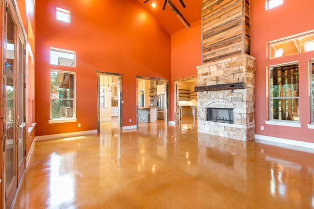 Mountain style living room photo in Austin