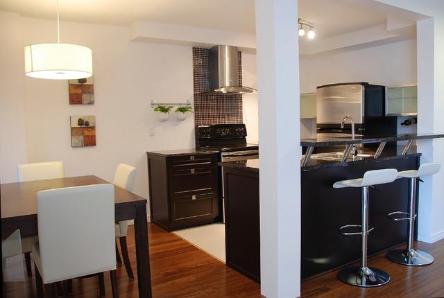 Brossard Model Suite No.7 contemporary-living-room