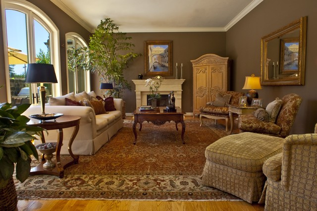 Brownhouse Design Traditional Living Room San