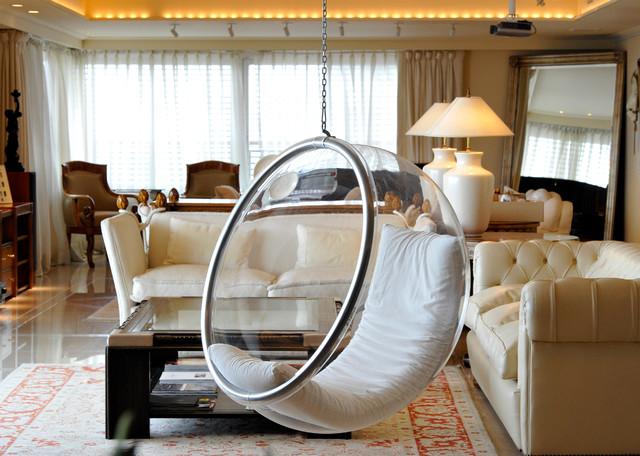 BUBBLE CHAIR modern-living-room