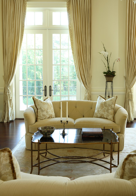 Buckhead   Traditional   Living Room   Atlanta   By Dillard Pierce Design  Associates