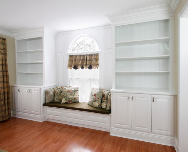 Built-In Cabinetry traditional-living-room