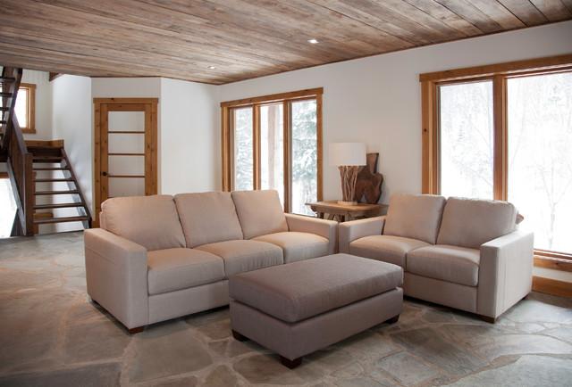 Bureau des ventes rustic-living-room