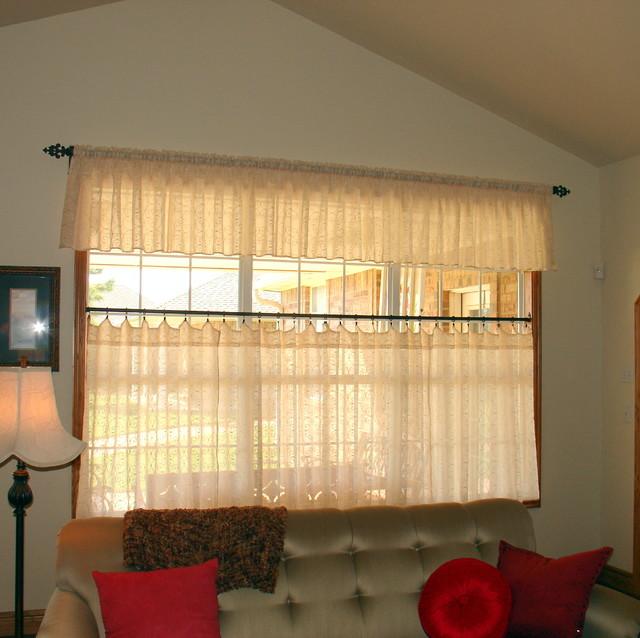 Cafe Curtains - Farmhouse - Living Room - Oklahoma City - by Grace ...