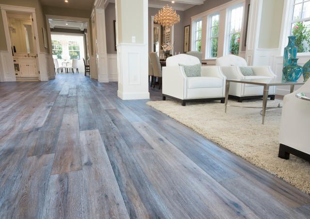 California Cape Cod Colbath Utilizing Deep Smoked Oak Flooring