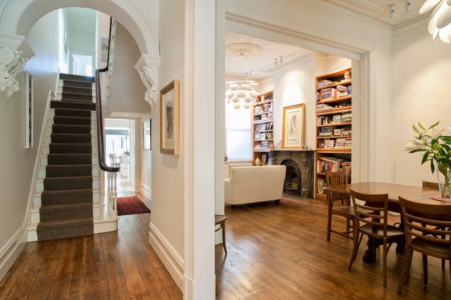 Cardigan contemporary-living-room