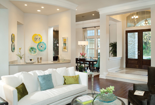 Carlisle 1100 Traditional Living Room Tampa By
