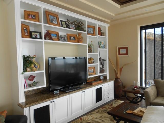 casa mark traditional-living-room