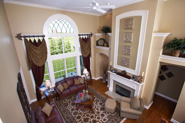 Central Ohio Homes traditional-living-room